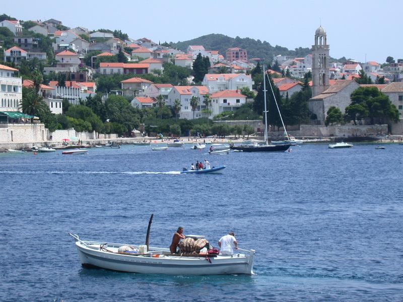 Bootsfahrt im Hafen