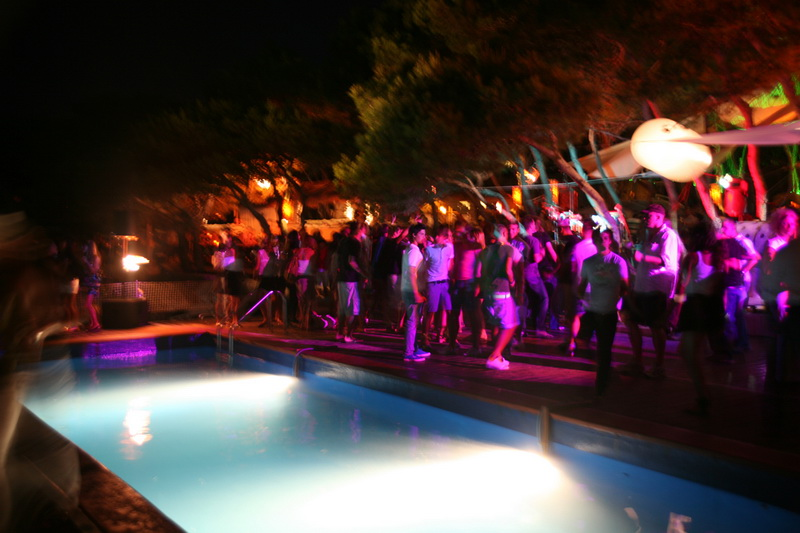Party_3